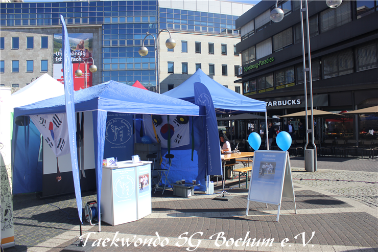 Infostand Youth Open